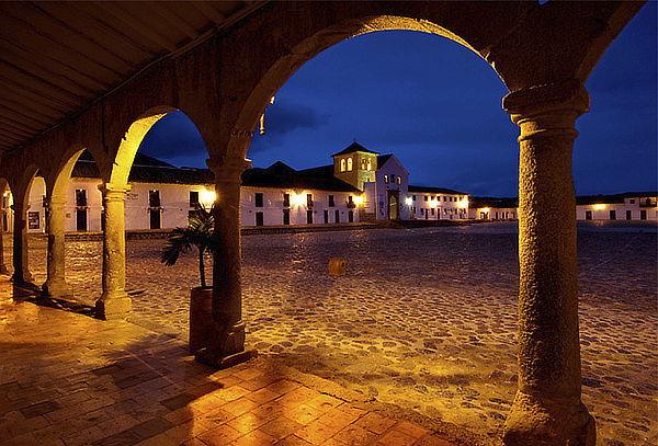 Villa de Leyva, Noche Romántica en Mini Cabaña