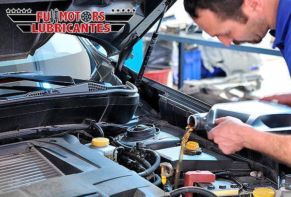 Cambio de 4/4 de Aceite + Filtro + Lavado en Seco Motor