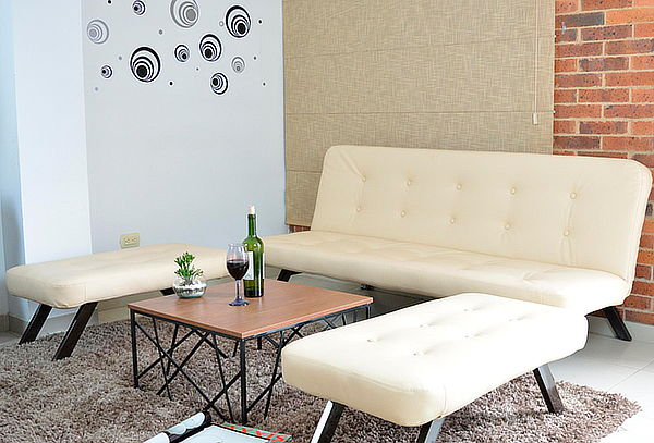 Sala Berlín con Mesa Murano