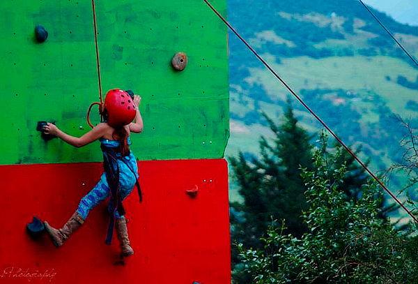 Día de Aventura Cuatrimotos + Muro de Escalar en la Calera