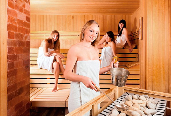 Spa 4 Amigas con Sauna y Relajación Completa en Normandía