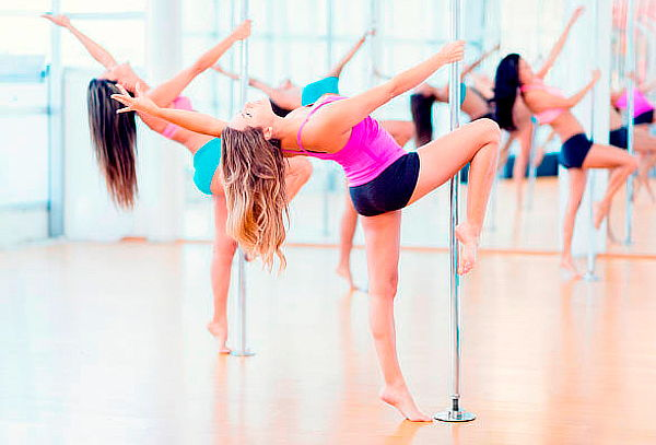 4 o 8 Clases de Pole Dance o Baile Diferentes Ritmos