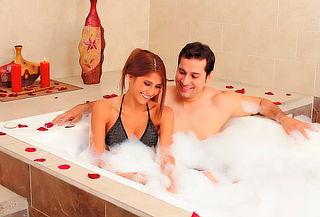 Spa Romántico para Pareja con Jacuzzi NIza