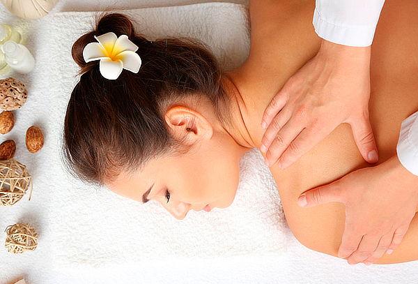 Masaje Relajante Cuerpo Completo + Limpieza Facial