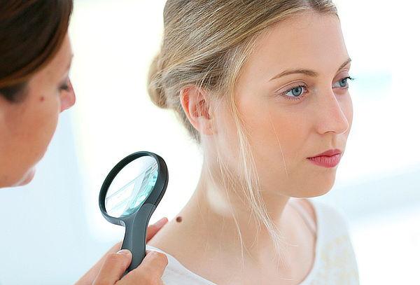 Elimina Hasta 8 Lunares o Verrugas + Hidratación Facial