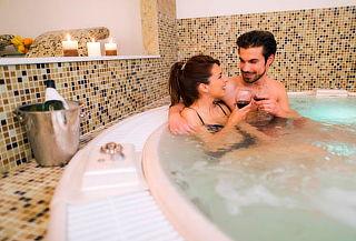 Spa Romántico con Sauna, Turco y Jacuzzi en Tocorama