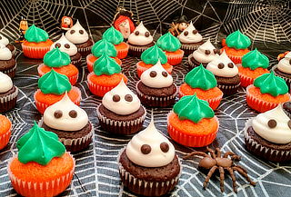 144 Mini Cupcakes de Halloween