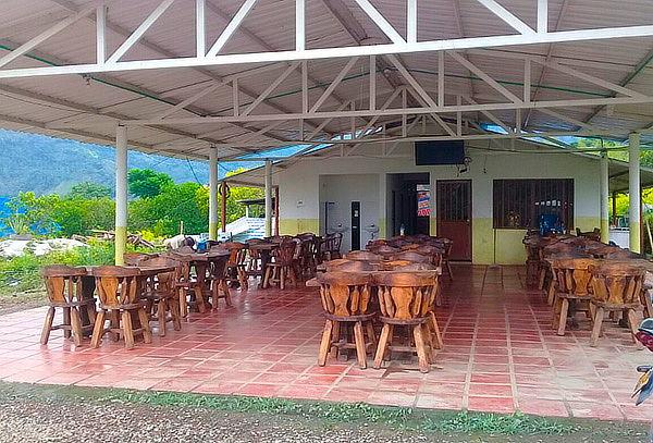 Pasadia, piscina, desayuno y almuerzo en Pauna Boyaca