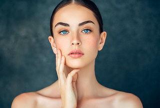 Plasma Rico en Plaquetas Facial, Cuello y Escote en Fontibón