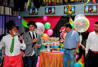 Fiesta Neón para 30 Niños + Domicilio