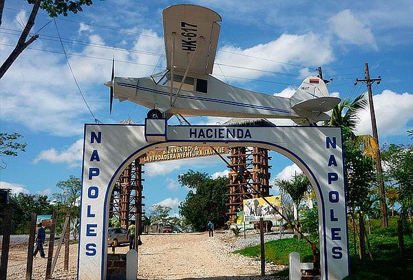 Tour Hacienda Napoles en Tu Carro