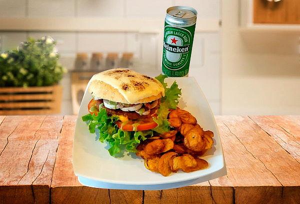 2 IRON Burgers Gratinadas con Papas y Cerveza