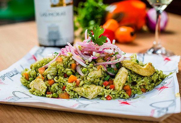 Menú Peruano para 2: Entrada + Plato Fuerte + Bebidas