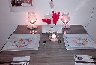 Cena Romántica con 1/2 Botella de Vino en Cuidad Montes