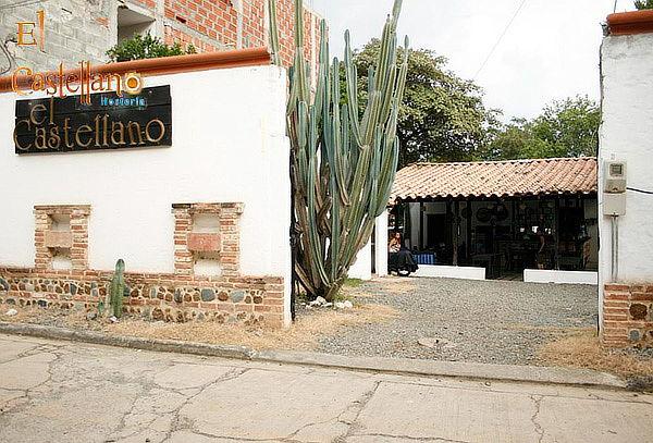 Día de Sol + Habitación + Almuerzo en Santa Fe de Antioquia