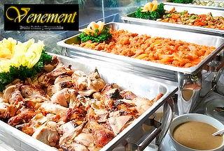Almuerzo o Cena Tipo Buffett + Menaje para 20 Personas