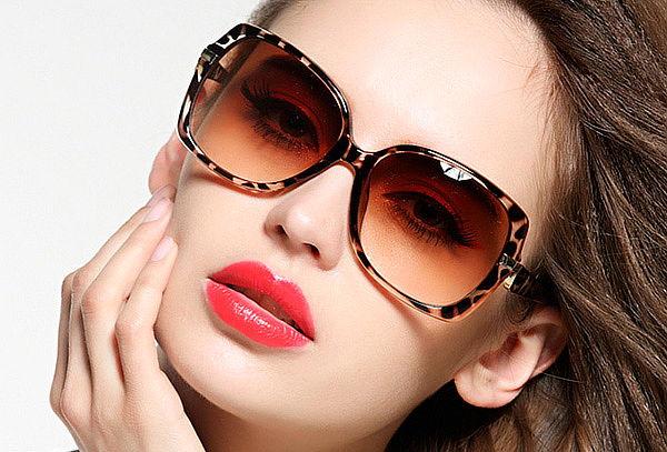 Examen de Optometria+ Lentes CR39 + Gafas de Sol