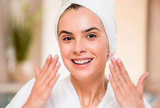 Limpieza Facial con Hidratación Ultravioleta en Envigado