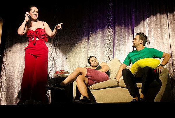 """Entrada  a  """"MARIDO POR HORAS"""" en el Teatro Bernardo Romero"""