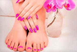 Manicure + Pedicure Tradicional + Masaje Exfoliante Natural