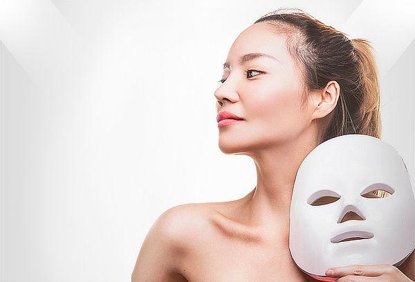 Limpieza Facial + Alta Frecuencia + Máscara LED en Alcázares