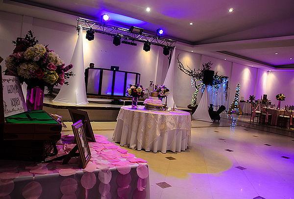 Salón + Capilla para 50 ó 100 Personas en Laverdieri