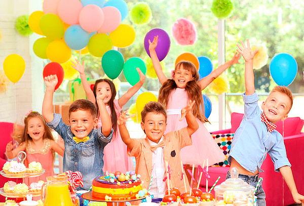 Fiesta Cool para 30 Niños, Personaje Luces y Rumba