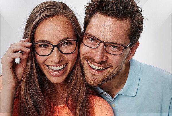 Montura + Lente Antireflejo + Examen de Optometría