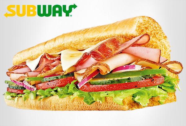 SUBWAY COMBO COMPLETO: Sándwich + Papas + Galleta y Bebida