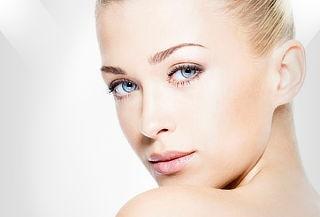 Cirugía de Bichectomía + Lipopapada Laser en Renew