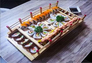Puente de  Exquisito Sushi