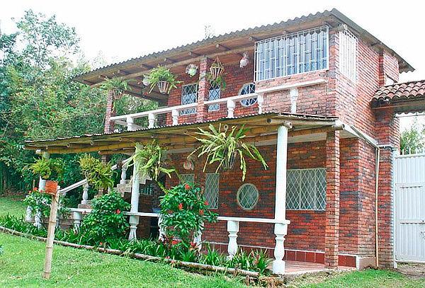 Para DOS, 2D/1N. Sasaima Cabañas o Casa en el árbol Puentes