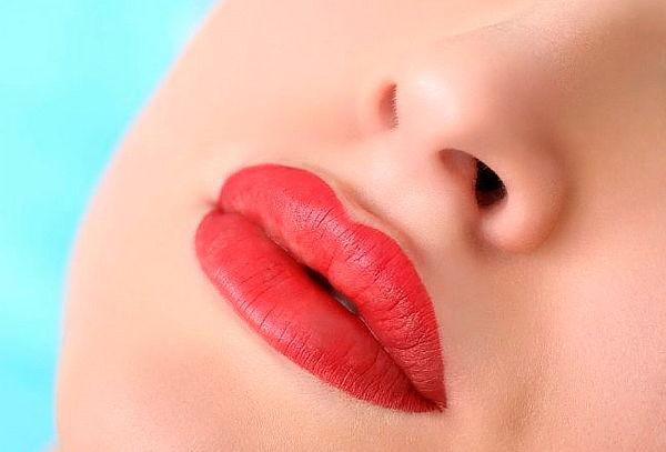 Maquillaje Permanente para Labios