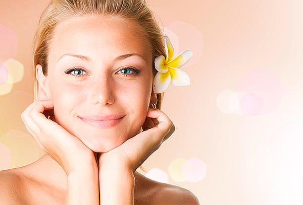 Rejuvenecimiento Facial con Hilos Tensores en Unicentro