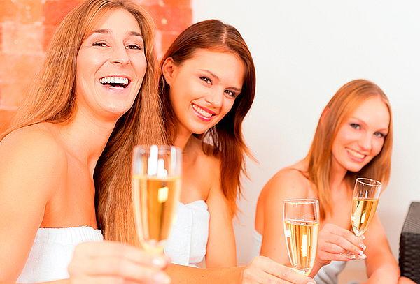 Spa Relajante VIP para 3 Amigas con Jacuzzi, Masaje  Niza