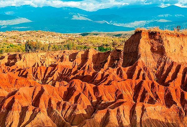 Desierto de La Tatacoa + Zona Camping + Alimentación y Mas