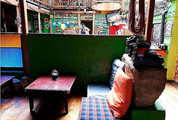 2 Hamburguesas de Reyes con Papas  en Café de la Montaña.