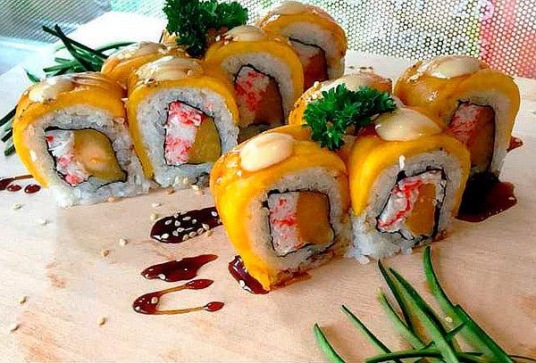 10, 20 o 40 Bocados de Sushi + Bebida con Opción a Domicilio