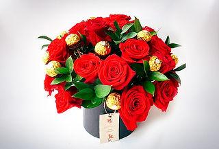 Caja Redonda 24 o 40 Rosas de Exportación + Bombones