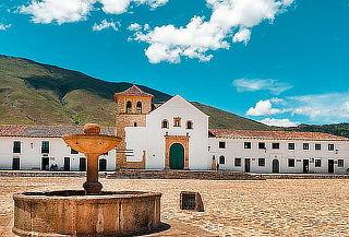 Tour Villa de Leyva, Ráquira, Chiquinquirá + Pozos Azules.