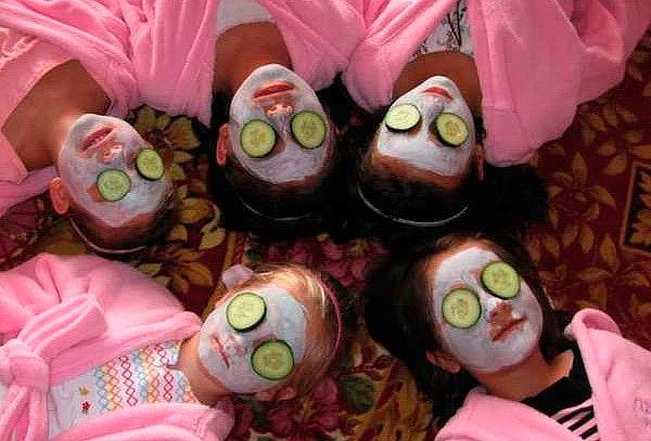 Spa Kids para 5 Niñ@s Jacuzzi Espumoso + Copa de Helado