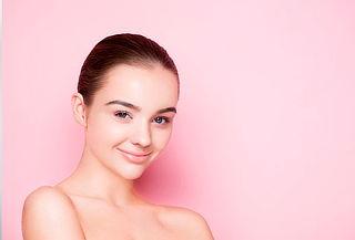 Limpieza Facial Profunda con Peeling + Microdermoabrasión