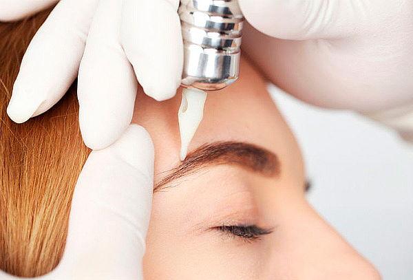 Micropigmentación de Cejas Pelo a Pelo en Chapinero