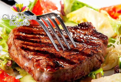 Cena o Almuerzo para Dos en el Hotel Club House