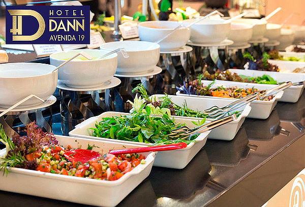 Buffet para Dos Personas en Restaurante Hotel Dann Av 19