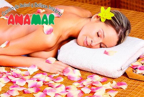 Baño de Sol y Luna con Jacuzzi y Sauna en Modelia