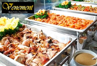 Almuerzo o Cena Tipo Buffett + Menaje para 10 Personas