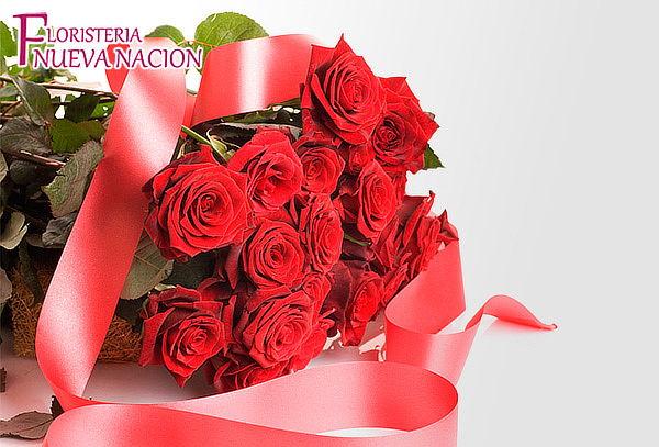 Bouquet de 12 Rosas Tipo Exportación  a Domicilio
