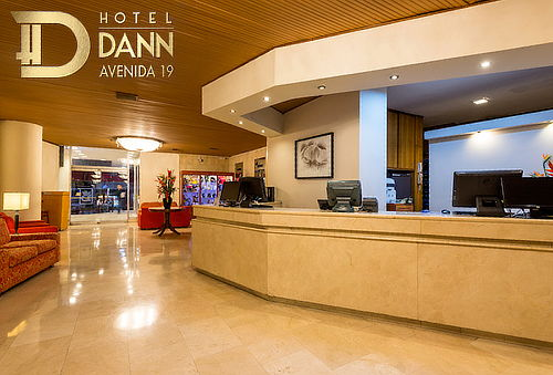 Noche Romantica con Cena en Hotel Dann Av 19