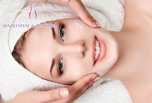 Limpieza Facial Profunda con Vitamina E en Americas